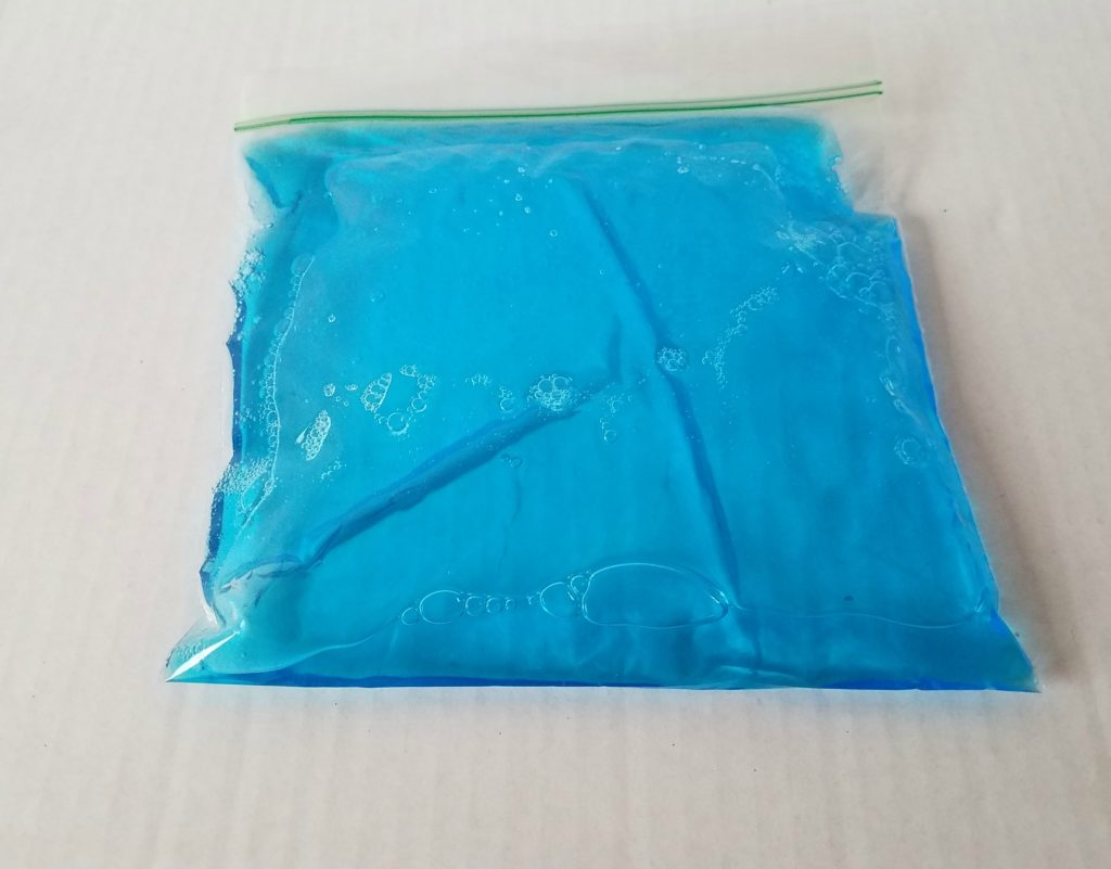 how to make an easy diy ice pack.